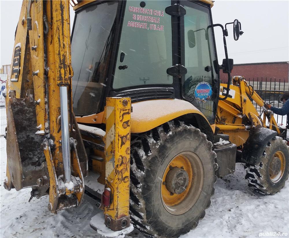 Angajam operator pentru buldoexcavator si excavator