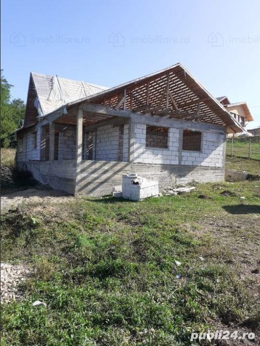 Vand casa cu 4 camere in Plopu, judetul Prahova