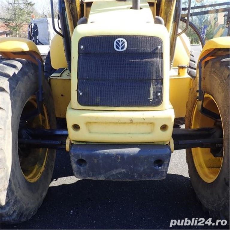 New holland LB115