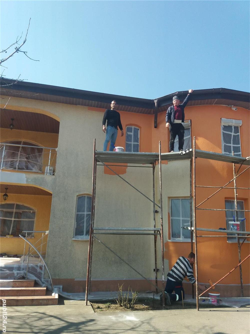 Execut lucrări de construcție