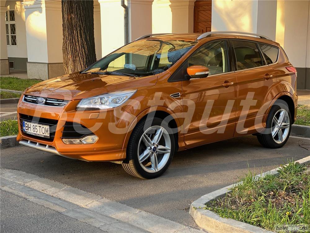 Ford Kuga Individual 4x4, Navi, Bi-Xenon, Line, Park assist, Euro6, 180 cp