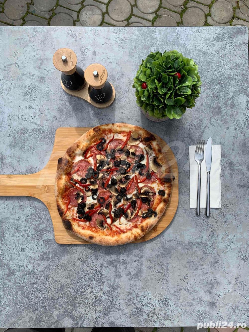 angajam pizzer/pizzar