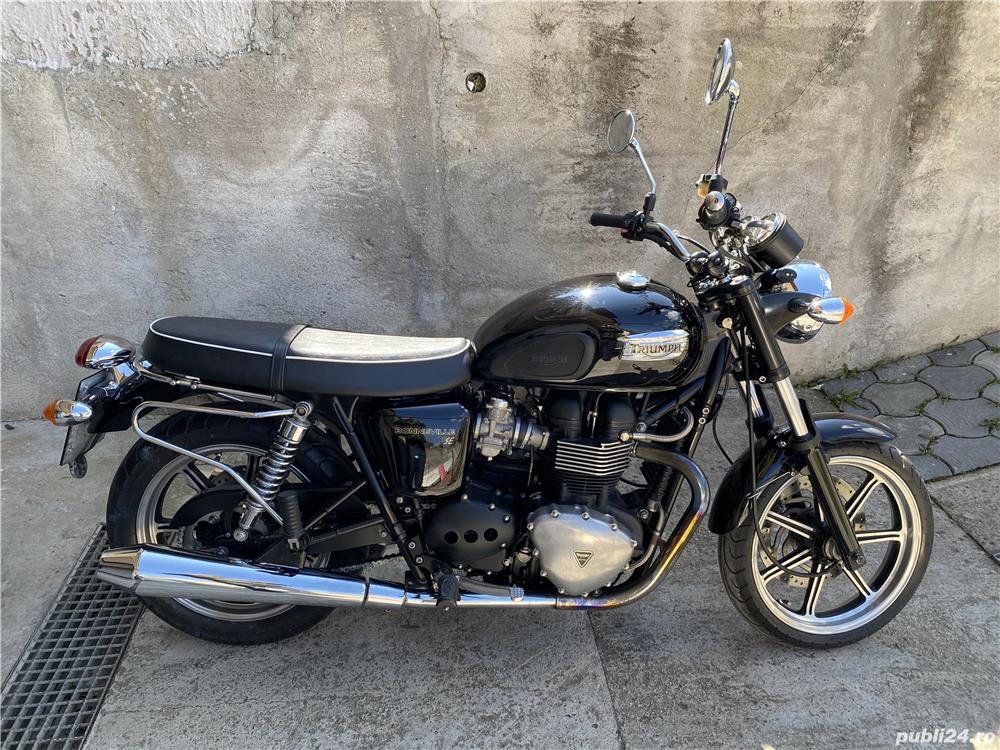 Triumph Bonneville 865 SE