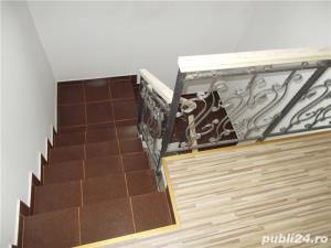 Casa cu 4 camere P+1+terasa 2018 la asfalt bransata la utilitati LA CHEIE cu finisaje merita vazuta  - imagine 3