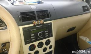 Ford Tourneo Connect GLX - imagine 4