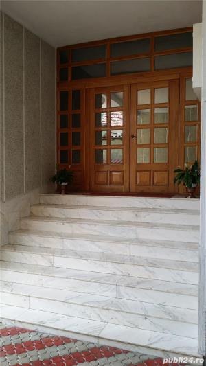 De inchiriat casa/vila/spatiu comercial (sau 9 camere), 540mp, zona Nufarul - imagine 8