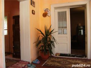 Casa de vanzare sau schimb cu apartament - imagine 8