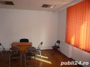 Inchiriez spatiu birouri mobilat in zona ultracentrala SIBIU  - imagine 8