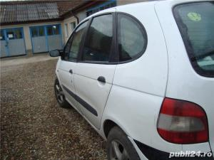 Renault Megane Scenic - imagine 1