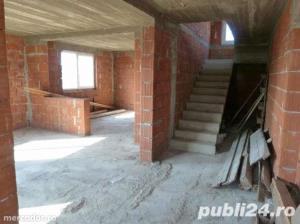 --Vand casa mare cu etaj in Oradea -- - imagine 8