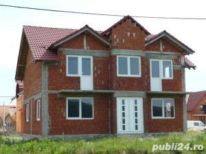 --Vand casa mare cu etaj in Oradea -- - imagine 4
