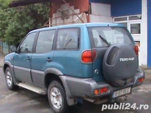 Nissan Terrano ii - imagine 5