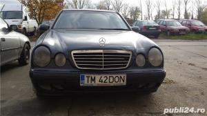Mercedes-benz E 200 - imagine 7