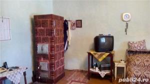 Vand casa la Pustinis  - imagine 2