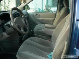 Chrysler Grand Voyager - imagine 4