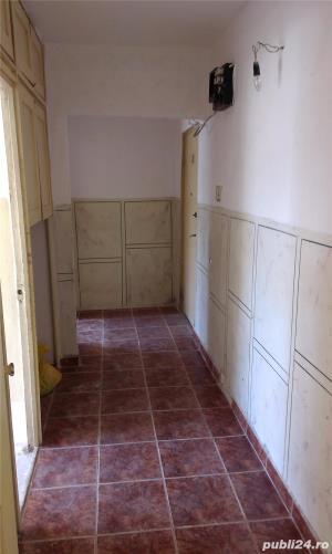 Proprietar, vand apartament de 3 camere, semidecomandat in Zimnicea, Teleorman - imagine 5