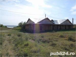 Casa boiereasca pe malul lacului Mostistea+ferma+spatii comerciale - imagine 4