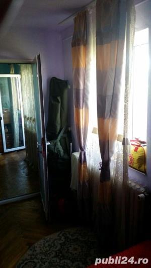 Persoana fizica VAND SAU SCHIMB apartament cu 3 camere COMPLET MOBILAT  - imagine 1