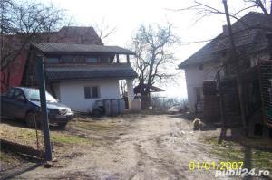 Vand casa mica cu mansarda + 2 ari de teren - imagine 2
