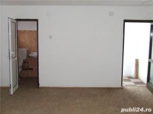 Casa etaj/fost atelier confectii tamplarie aluminiu si pvc parter /fosta croitorie etaj.Central - imagine 14