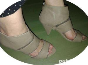 Sandale moderne, superbe , modele deosebite aduse din UK , mas. 38-39-40 - imagine 7