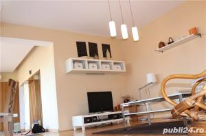 penthouse UNIVERSITATE - imagine 2
