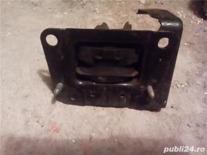 Tampon suport motor Peugeot 207 - piesa originala - imagine 3