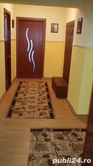 Vand apartament 3 camere , Zona piata halelor, Carrefour Market - imagine 6