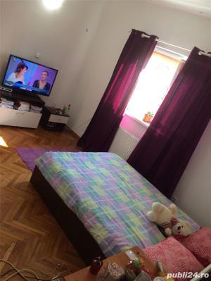 Casa cu 2 camere in zona rezidentiala - imagine 5
