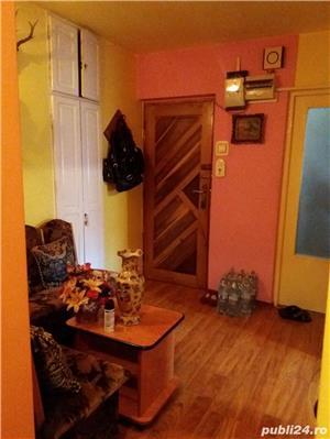 Vand apartament 3 camere in Brad, jud. HD sau schimb cu ap. in Timisoara - imagine 2