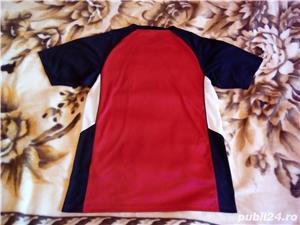 Tricou Nike Fit Marimea M  Material de foarte buna calitate si foarte placut - imagine 4