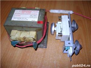 Piese cuptor microunde : motor, transformator, bec, farfurie - imagine 5