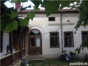 Casa cu curte - imagine 3
