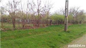 Loc de casa la 20 km de Arad - imagine 1