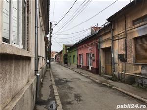 Casa cu spatii comerciale de vanzare - direct de la proprietar in zona centrala - imagine 3