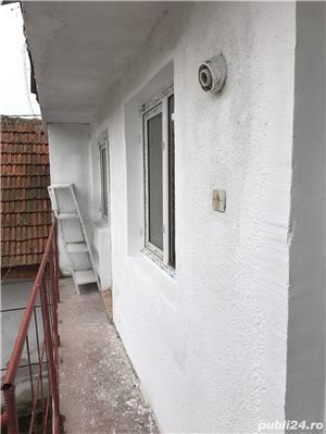 Casa cu spatii comerciale de vanzare - direct de la proprietar in zona centrala - imagine 9