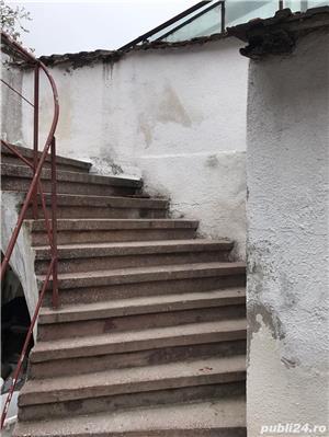 Casa cu spatii comerciale de vanzare - direct de la proprietar in zona centrala - imagine 6
