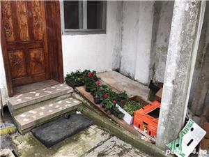 Casa cu spatii comerciale de vanzare - direct de la proprietar in zona centrala - imagine 10