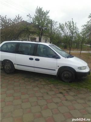 Chrysler Grand Voyager - imagine 6