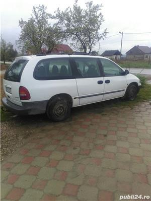 Chrysler Grand Voyager - imagine 7