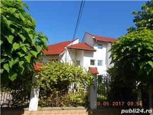Mehala,Vila P+1E+M,s- 660 mp,t- 2500 mp,9 camere,5 bai,teren tenis,piscina,pret 400.000 euro  - imagine 1
