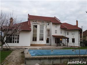 Mehala,Vila P+1E+M,s- 660 mp,t- 2500 mp,9 camere,5 bai,teren tenis,piscina,pret 400 000 euro  - imagine 10