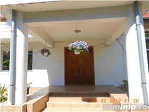 Mehala,Vila P+1E+M,s- 660 mp,t- 2500 mp,9 camere,5 bai,teren tenis,piscina,pret 400.000 euro  - imagine 2