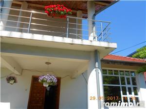 Mehala,Vila P+1E+M,s- 660 mp,t- 2500 mp,9 camere,5 bai,teren tenis,piscina,pret 400 000 euro  - imagine 7