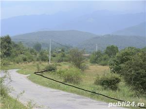 2300mp super teren intravilan cu utilitati, munte,rau,padure,strada asfaltata,zona turistica curata - imagine 4