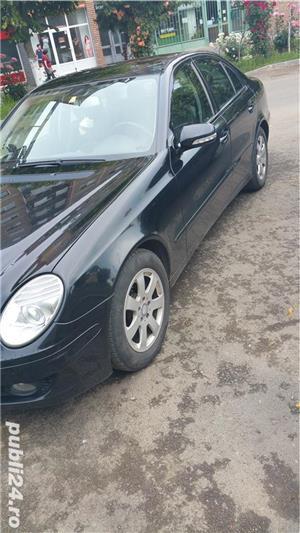 Mercedes-benz e-200 - imagine 4
