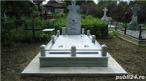 Vand monumente funerare - imagine 1