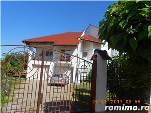 Mehala,Vila P+1E+M,s- 660 mp,t- 2500 mp,9 camere,5 bai,teren tenis,piscina,pret 400 000 euro  - imagine 4