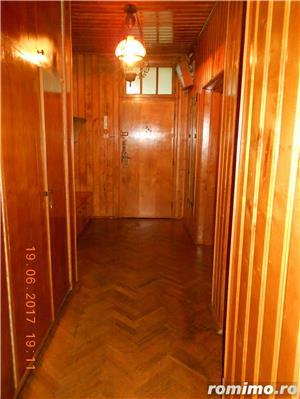 Medicina,apartament 4 camere, etajul 2/2 al unei vile cu acoperis,105 mp,pret 149.000 euro - imagine 11