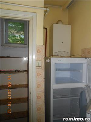 Medicina,apartament 4 camere, etajul 2/2 al unei vile cu acoperis,105 mp,pret 149.000 euro - imagine 12